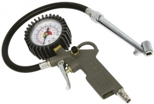 Carpoint air gun with manometer truck plastic black